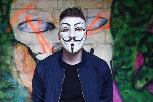 Nowe wymogi giełd kryptowalut – koniec anonimowości inwestorów?