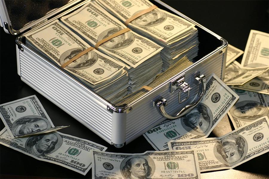 Wg Johna McAfee Bitcoin będzie warty 1 mln USD