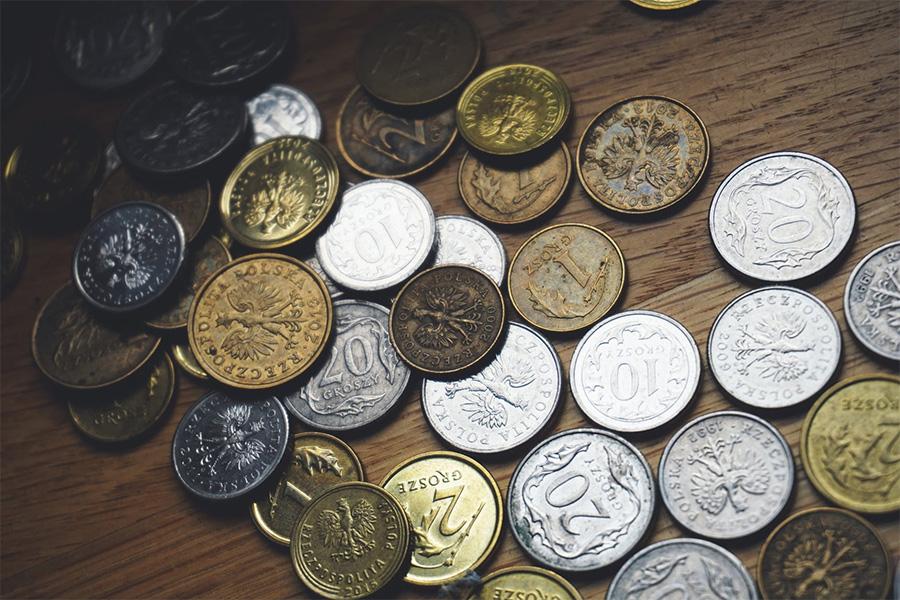 Jaka będzie przyszłość - świat pójdzie w kryptowaluty, czy cyfrowe odpowiedniki walut fiducjarnych?