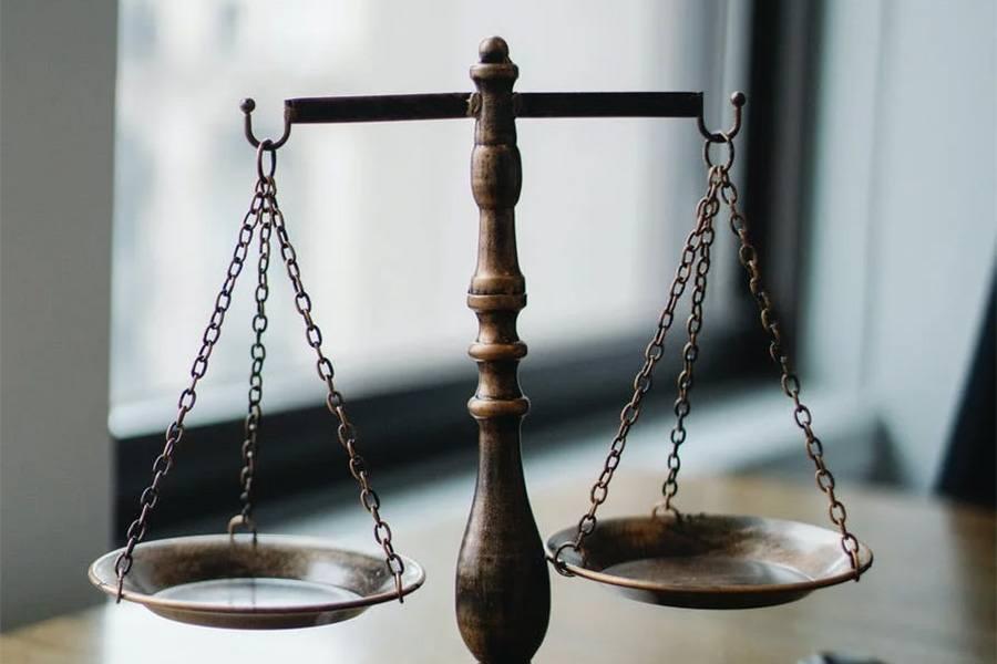 KYC, AML i CFT to podstawowe regulacje prawne, którym każda licząca się giełda powinna się podporządkować.